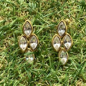 Vintage spear crystal rhinestone gold abstract